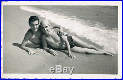 #205 Affectionate handsome young men couple bulge gay interest vtg photo 1950s