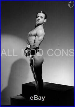 VINTAGE 1940s LF PHOTO NEGATIVE 5 x 7 KIMBLE PHYSIQUE BEEFCAKE GAY INTEREST 22-8