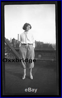 VINTAGE LESBIAN WOMAN CROSSDRESSER Dressed As Man 1920 Photo Gay Interest Queer
