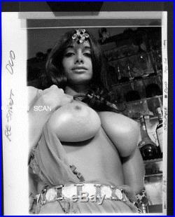 Ygst-0972 Original Vintage B/w 8x10 1960's Buxom Nude Joyce Gibson Ruby Red